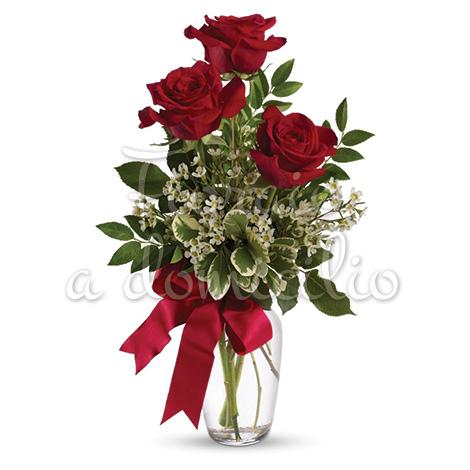 tre-rose-rosse